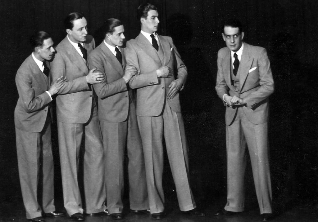 Das wohl bekannteste Werbefoto der Melodisten – v.l.n.r.: Werner Doege (Piano), Wolfgang Schmidt (1. Tenor), Wolfgang Leuschner (2. Tenor), Gerhard Ullrich (Bariton) und Hans von Bachmayr-Heyda (Bass).
